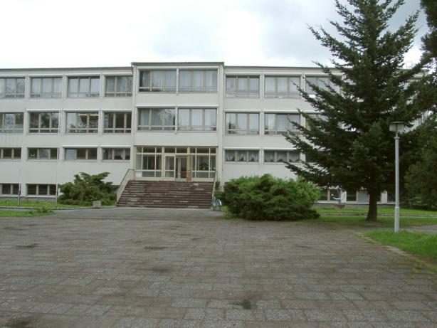 Schule, Stolpener Str. 15, D-01477 Arnsdorf