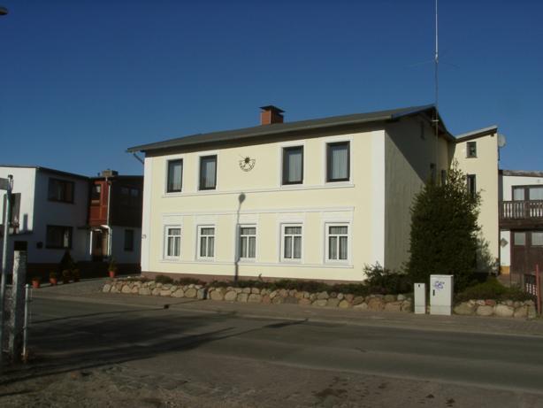 Bahnhofstr. 29, D-18609 Binz