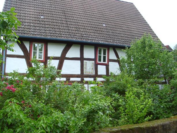 Rathausstr. 8, D-63571 Gelnhausen OT Meerholz