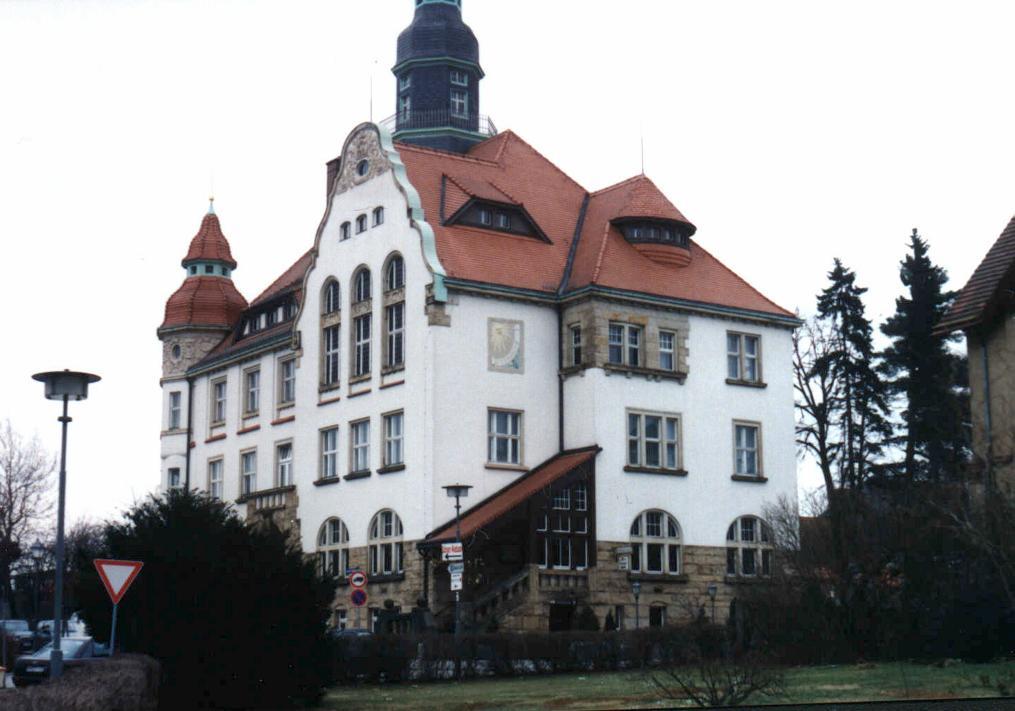 Rathausplatz 1, D-01900 Großröhrsdorf