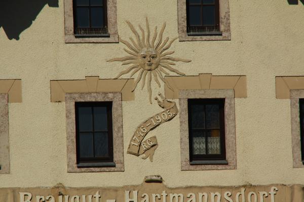 Gasthof und Hotel, Chemnitzer Str. 1, D-09232 Hartmannsdorf