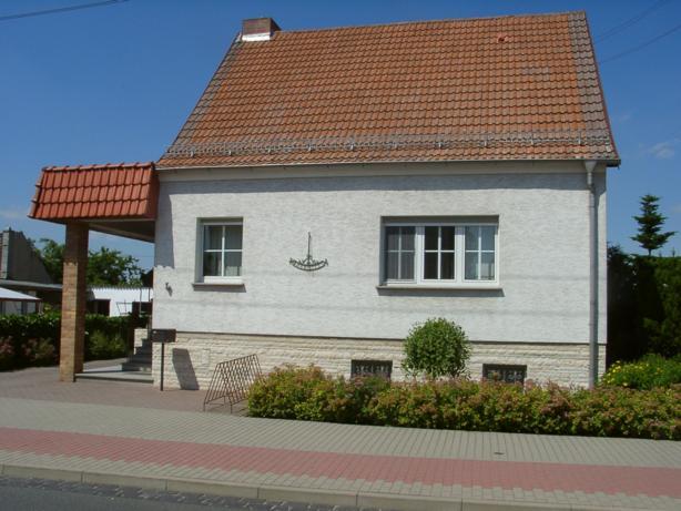 Hauptstr. 38, D-06926 Holzdorf