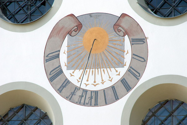 Pfarrkirche Mariä Himmelfahrt, Marktplatz, D-83209 Prien am Chiemsee