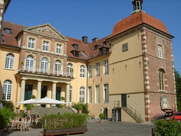 """Hotel """"Sportschloß"""" Velen, Kapelle, Schloßplatz 1, D-46342 Velen"""