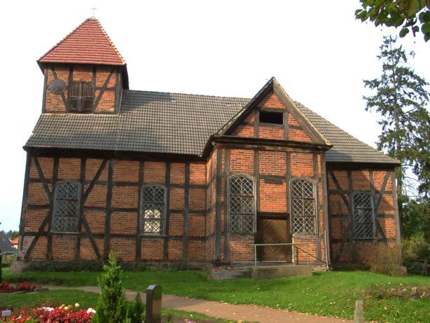 Evang. Kirche Ahrensberg, D-17255 Wesenberg OT Ahrensberg
