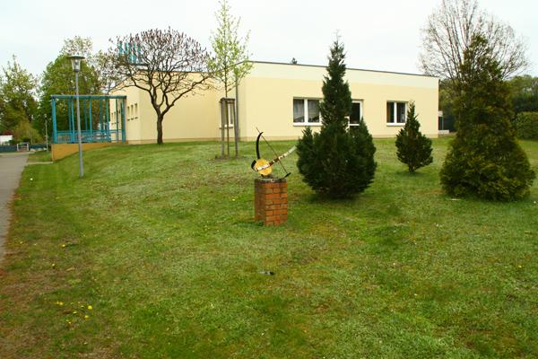 Exin-Oberschule, Eingang Friedhofstr., Marianne Grunthal 2, D-16792 Zehdenick